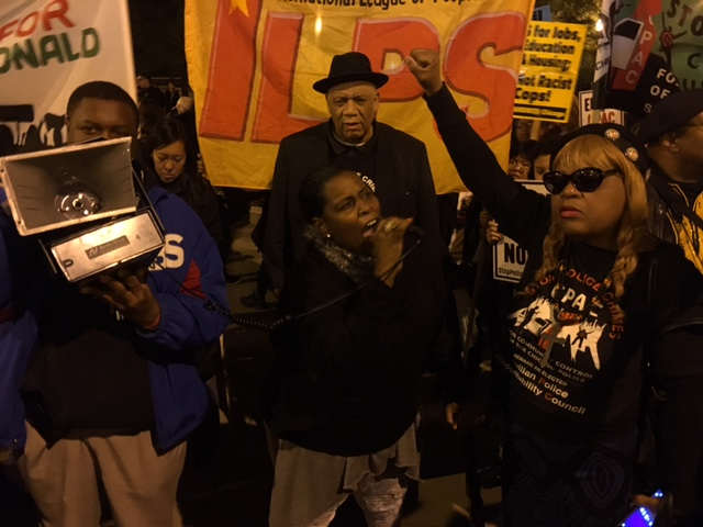 Rev. Catherine Brown, Frank Chapman, and Toney Rogers address the crowd at Oct 22 protest (Frumkin/MEDILL).
